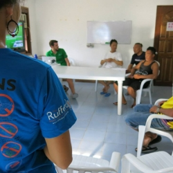 Picture of Green Fins team meeting with members in Moalboal, Cebu.