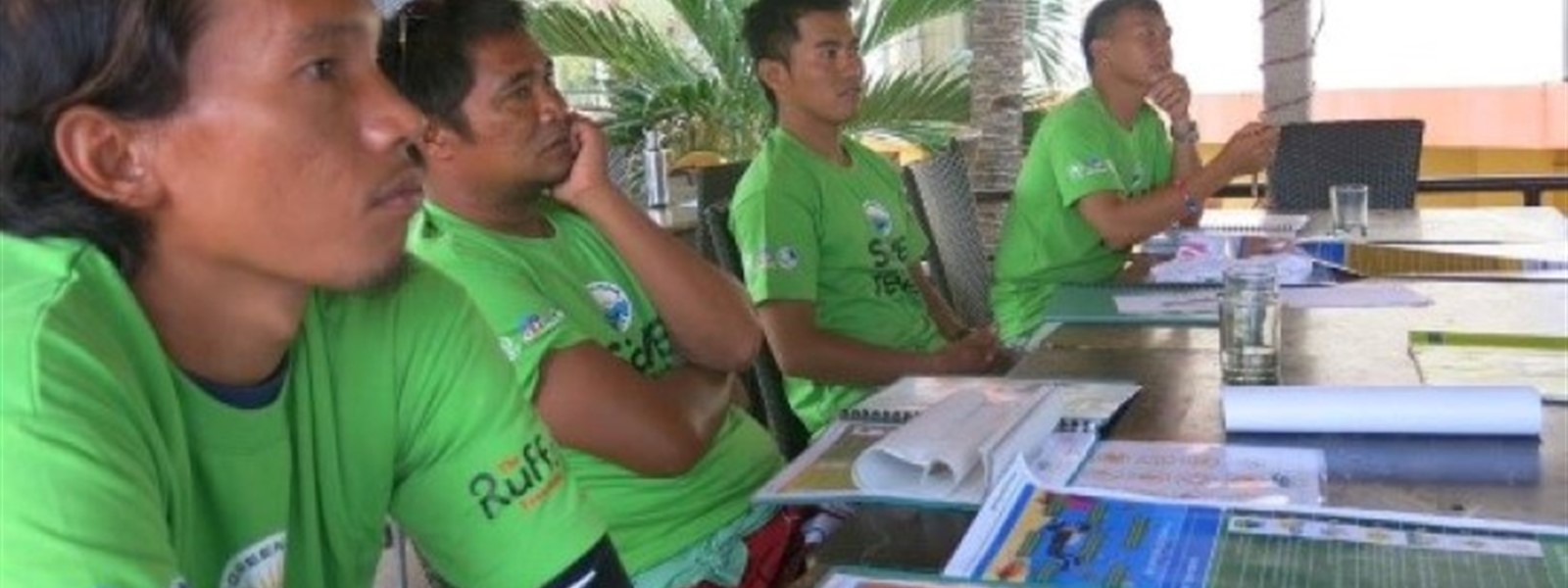 Picture of the Green Fins team in Panglao.