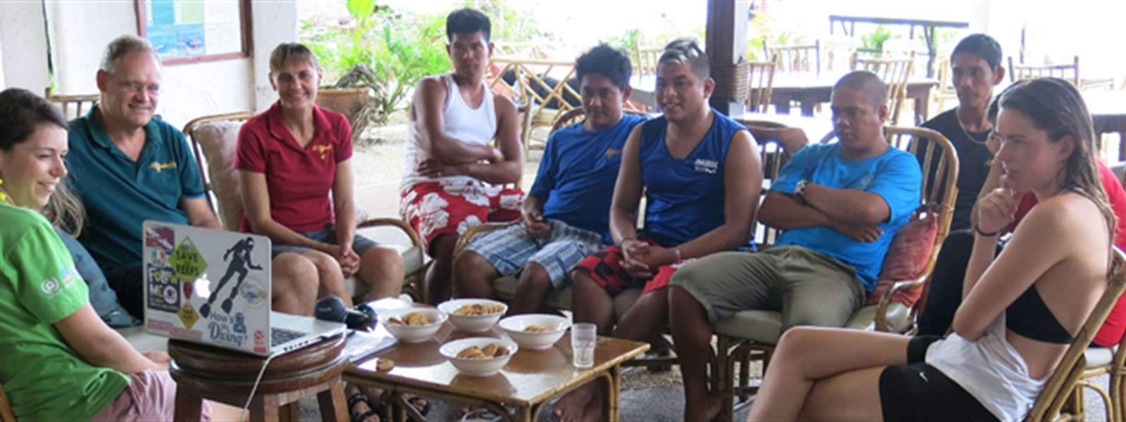 Picture of the Green Fins Philippines team in Puerto Galera.