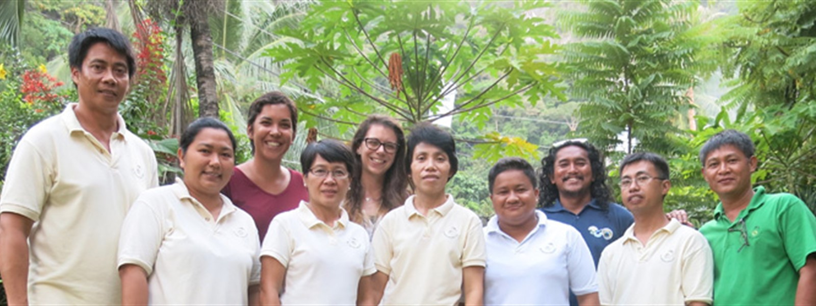 Picture of staff from The El Nido Foundation and Local Government Unit who completed Green Fins training.